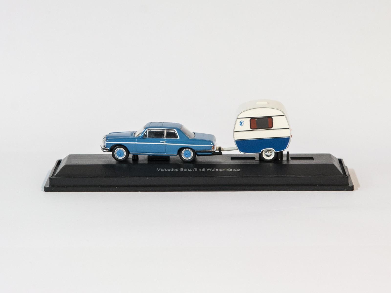 Schuco 26152 H0 Mercedes-Benz /8 mit Wohnanhänger