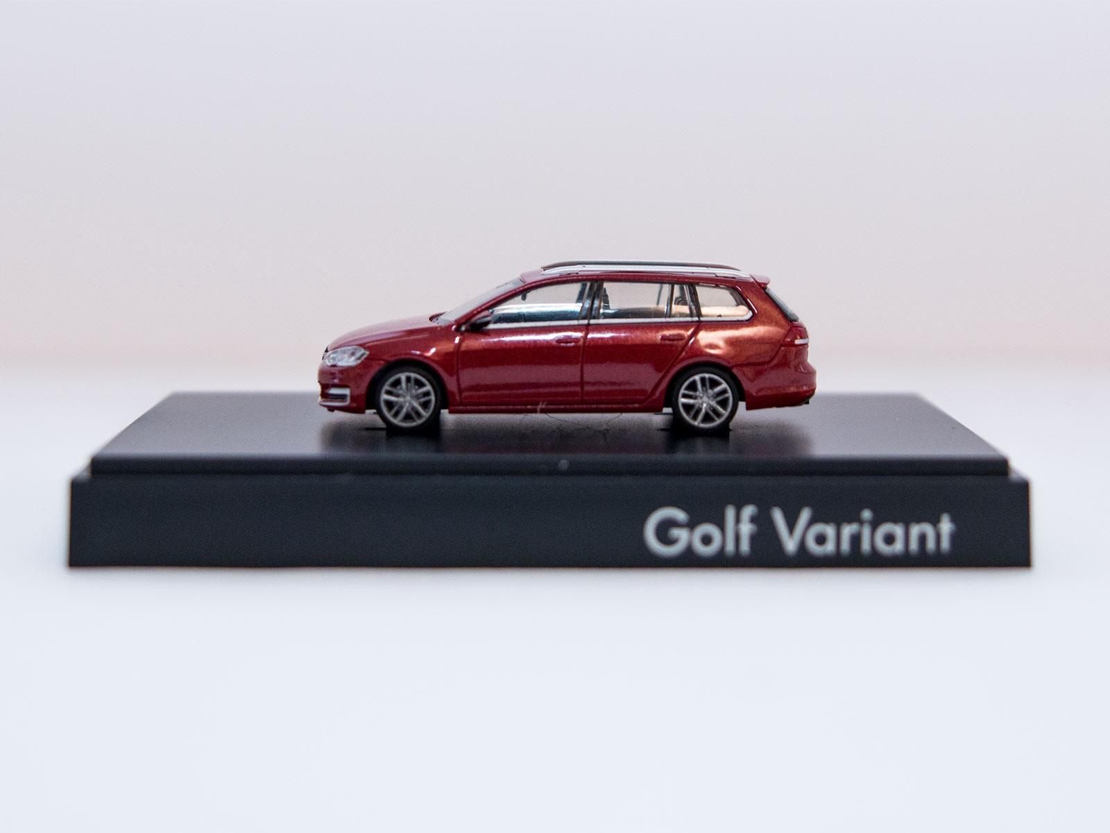 Rietze H0 VW Golf Variant redmetallic