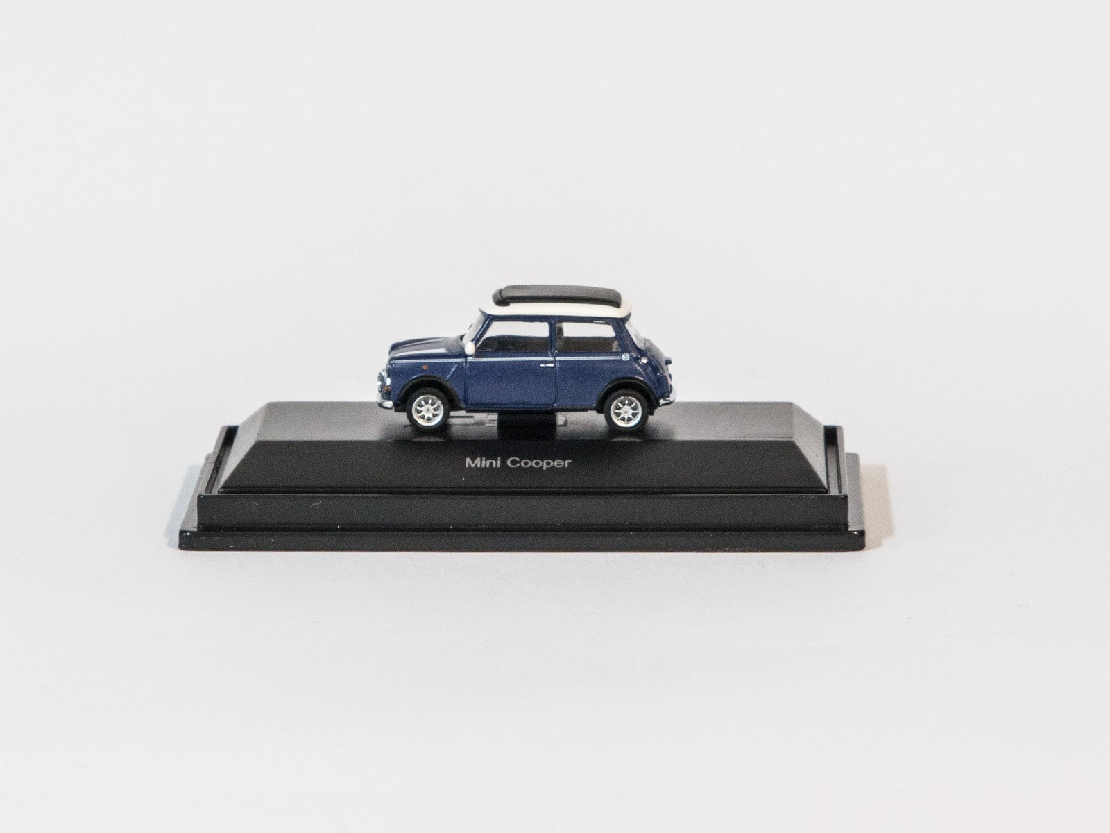 Schuco 26161 H0 Mini Cooper (blau)
