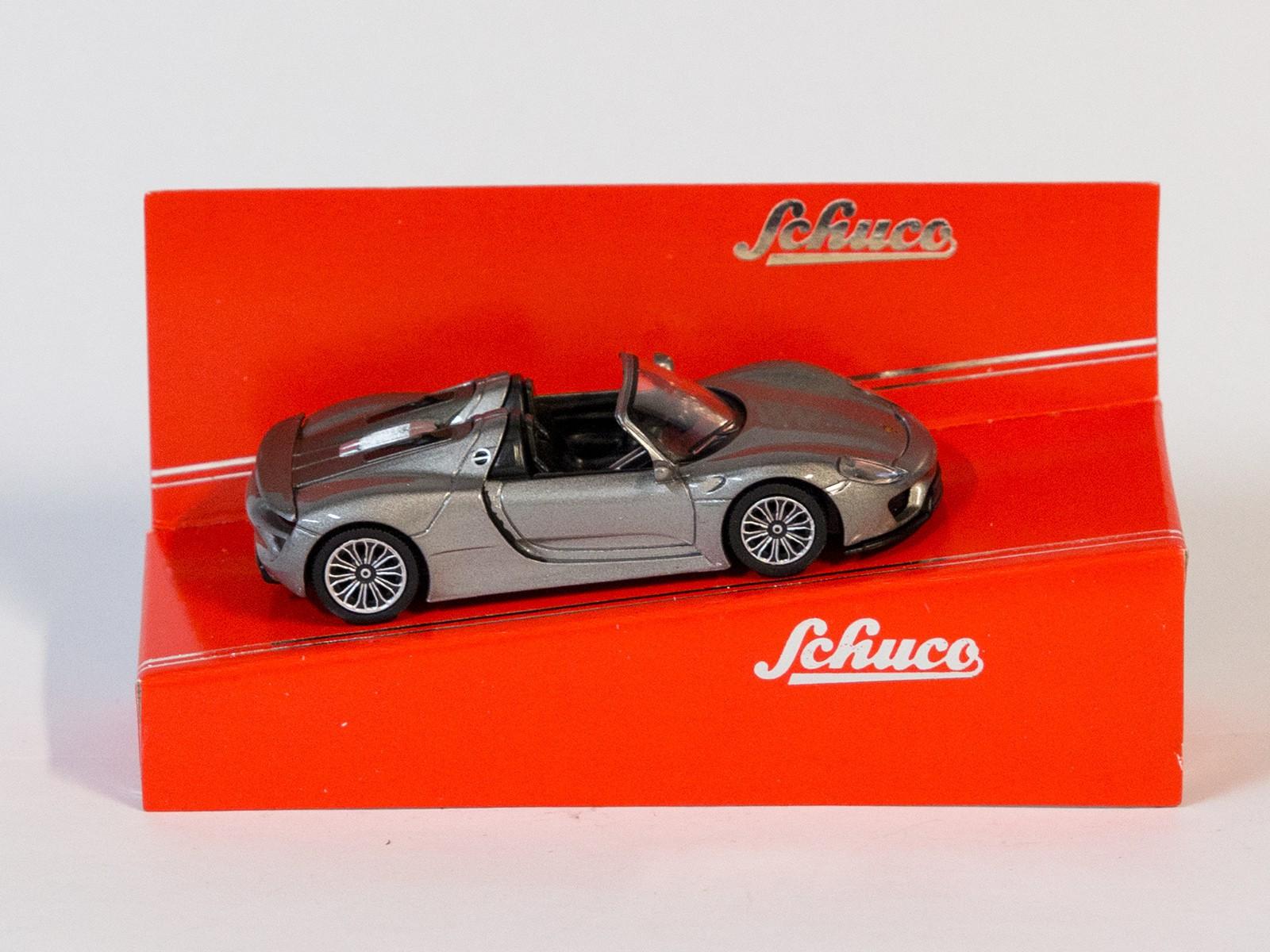 Schuco 20113 1:64 Porsche 918 Spyder silber