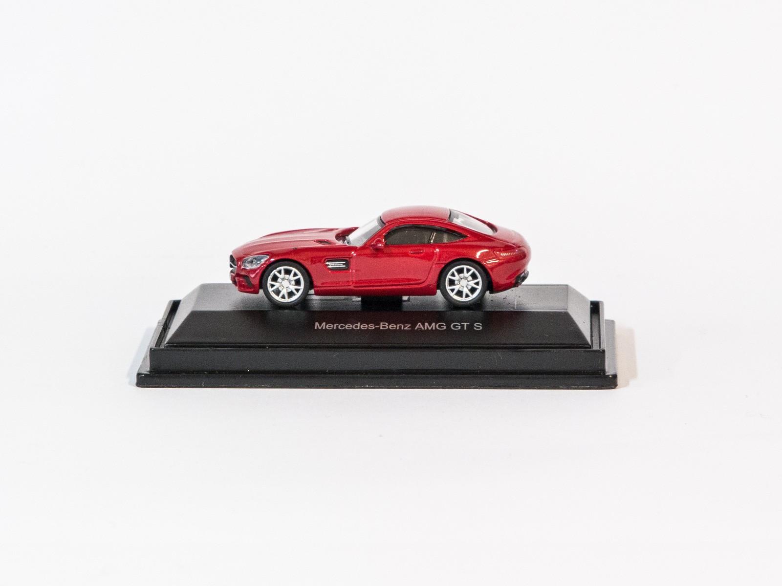 Schuco 452620400  Mercedes-Benz AMG GT S (rot)