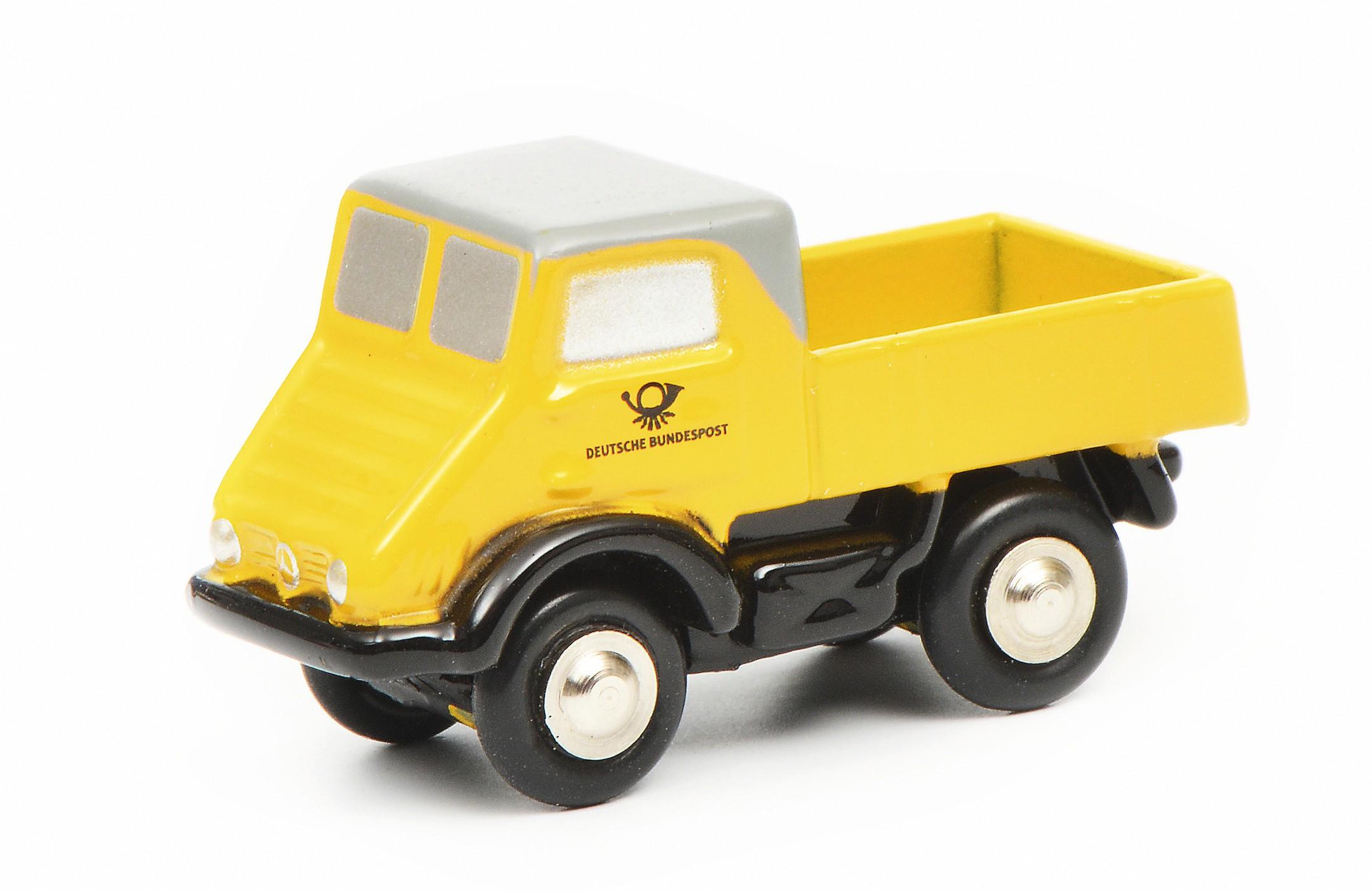 Schuco 450527600 Piccolo MB Unimog 401 DP - gelb