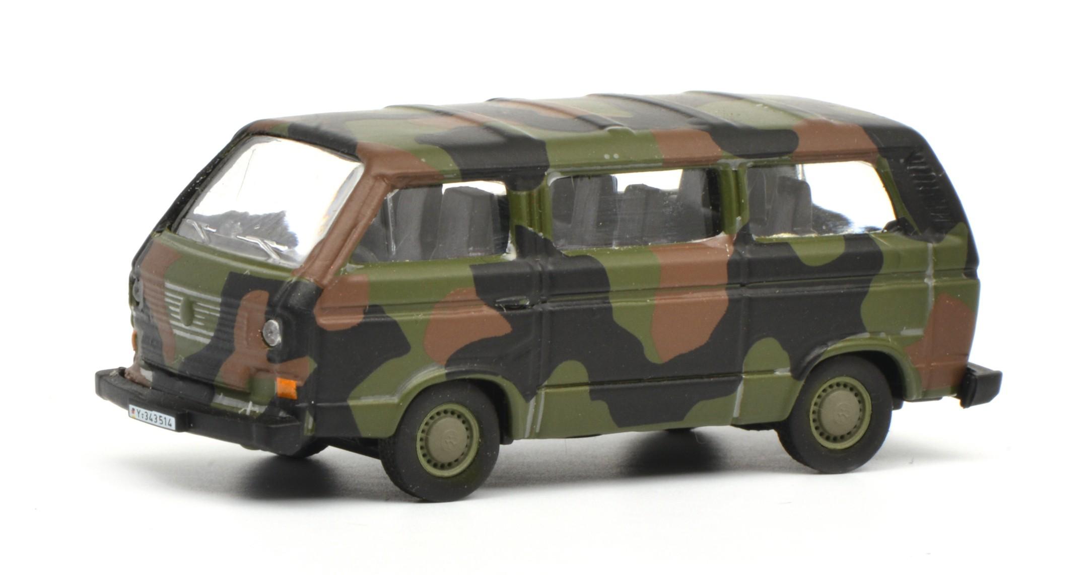 Schuco 452636600 VW T3 Bus Bundeswehr - flecktarn 1:87