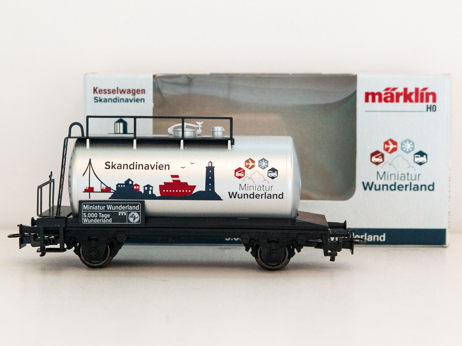 """Special Edition H0 Märklin 2015 tankwagon """"5000 Tage Wunderland - Skandinavien"""""""