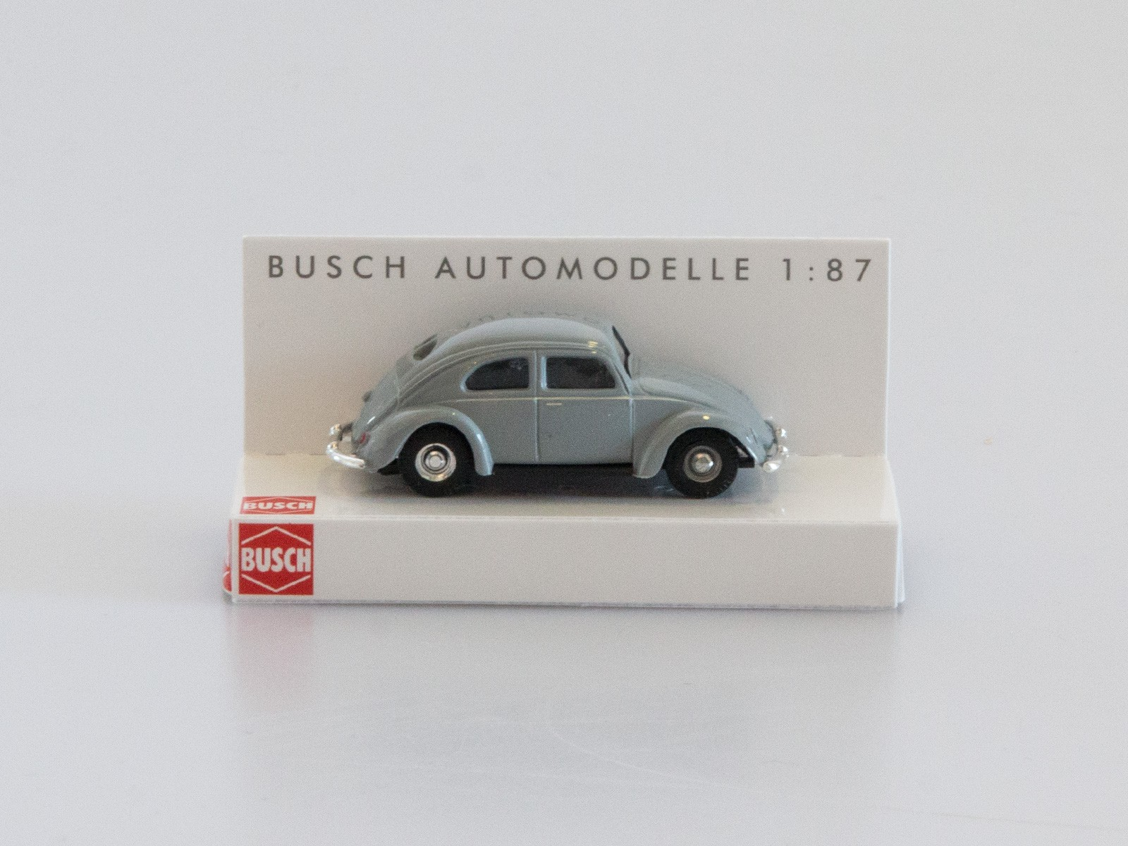 Busch 42700-112 VW Käfer mit Brezelfenster fenstergrau