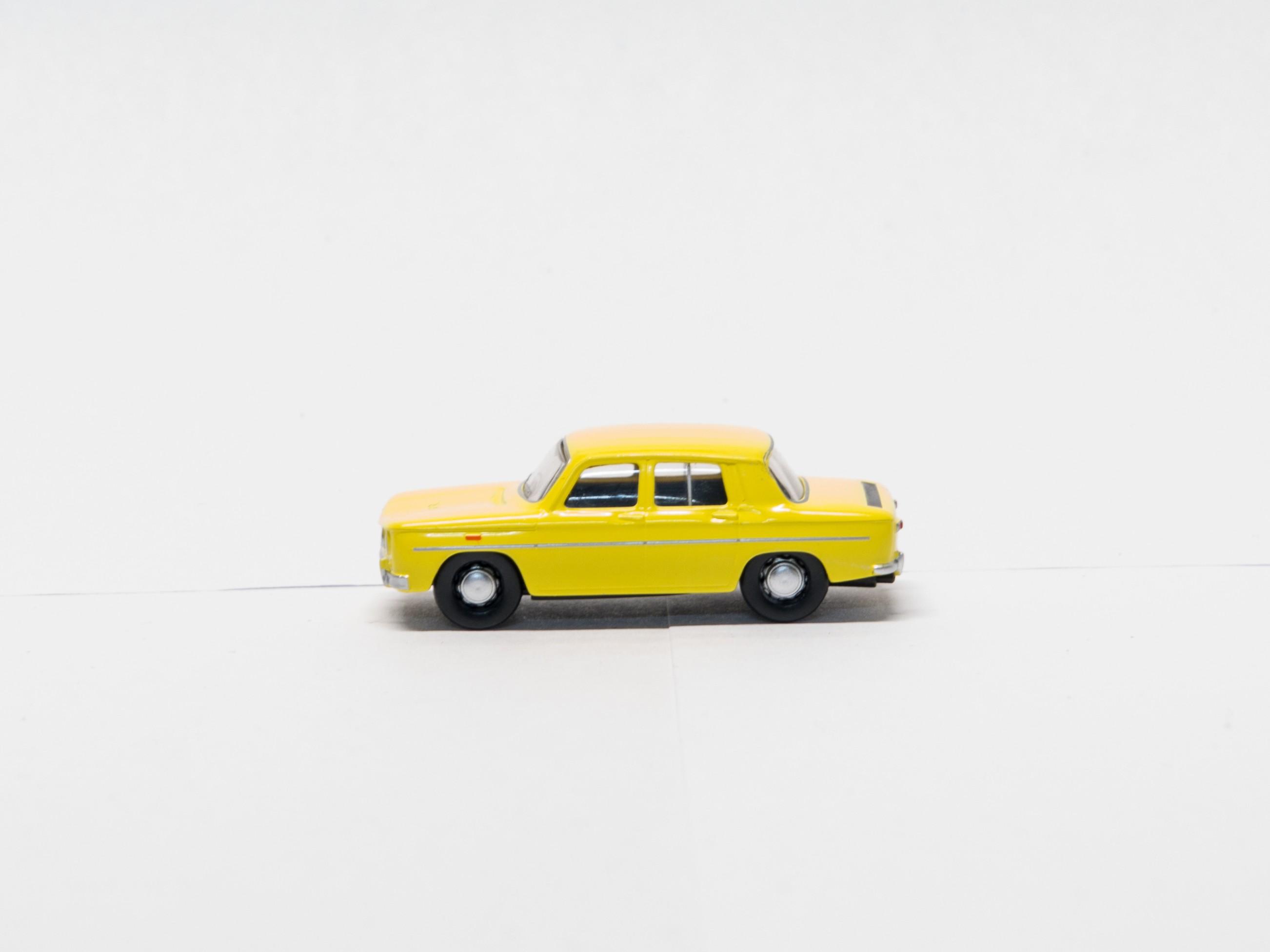 Herpa H0 027564 Renault 8 Gordnini