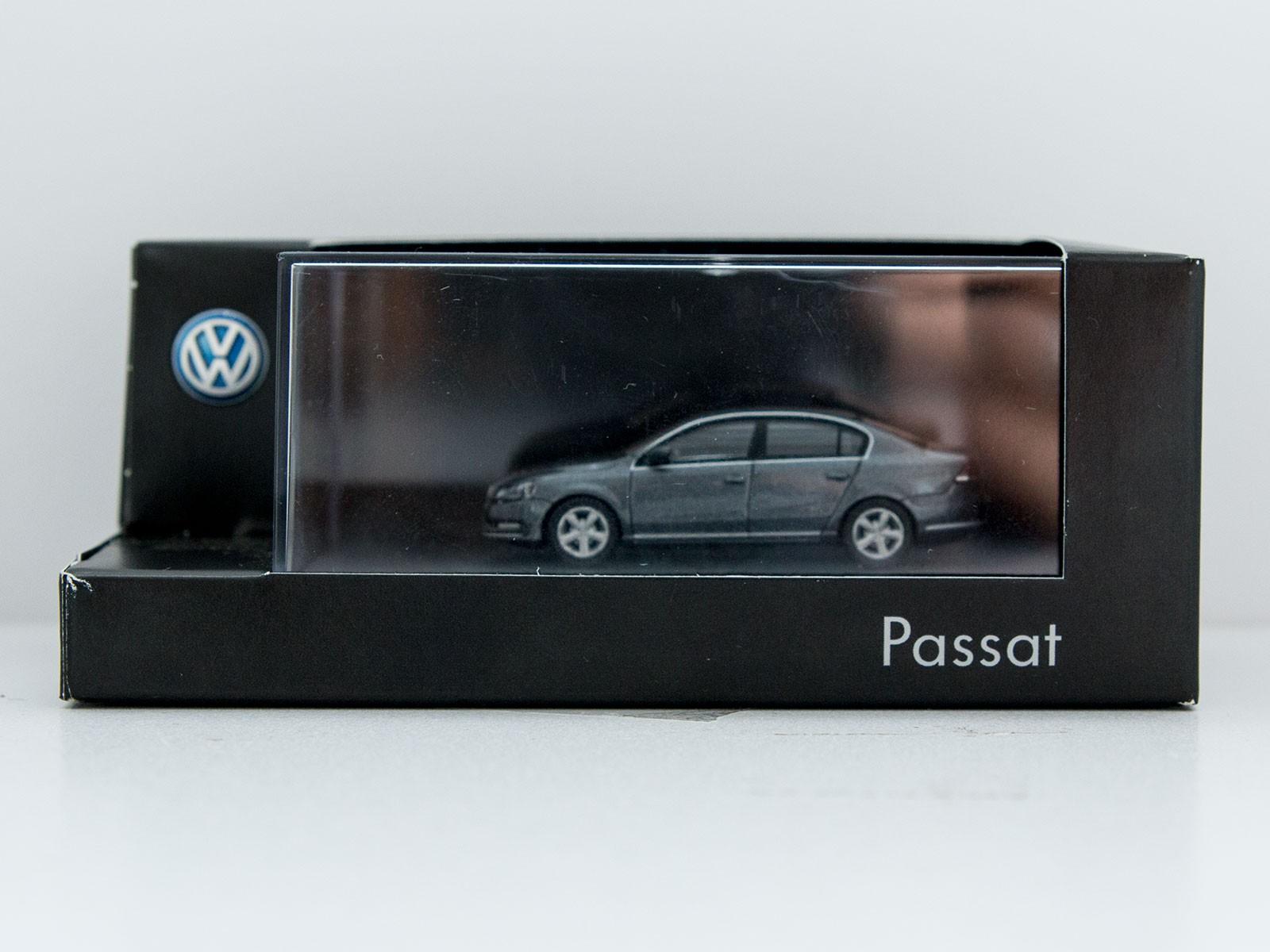 Wiking H0 VW Passat greymetallic