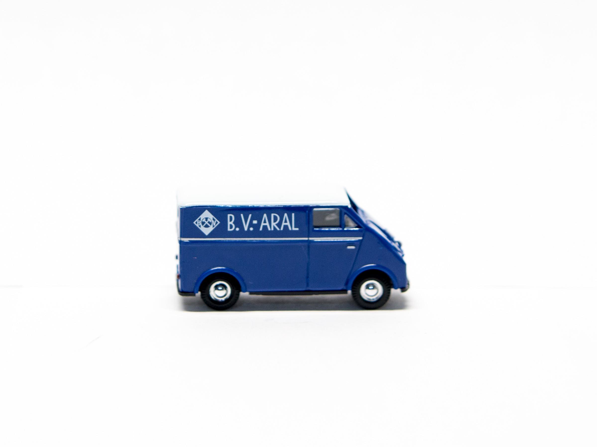 """Busch 40921 H0 DKW 3=6 Kastenwagen """"BV Aral"""""""