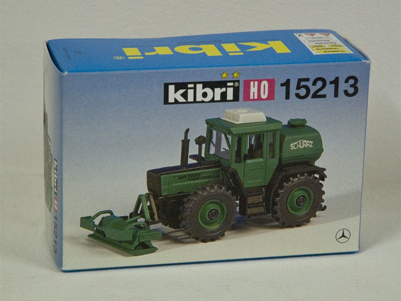"Kibri 15213 H0 MB-Trac with ""Plattenverdichter"""
