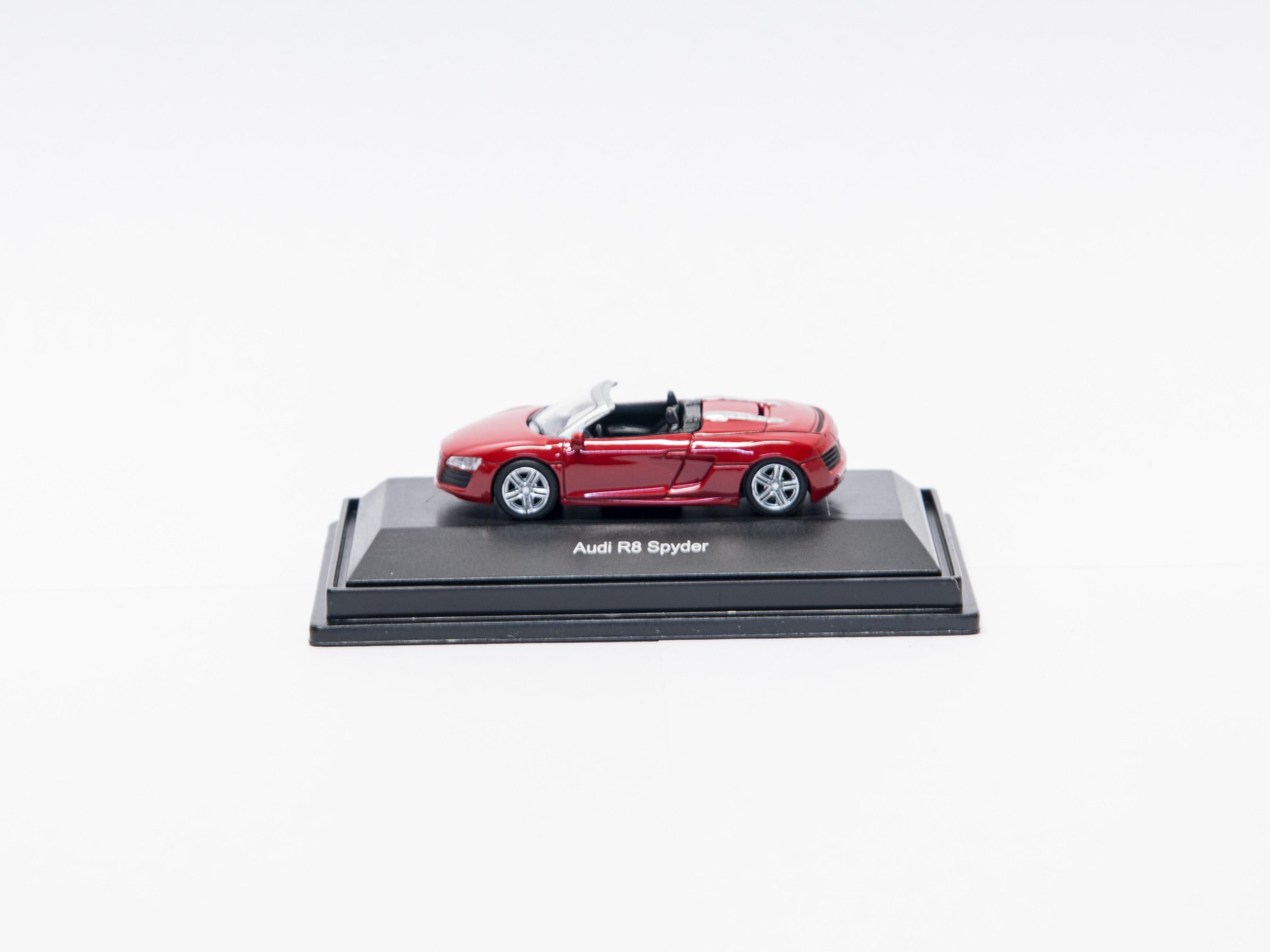 Schuco 452603300  Audi R8 Spyder
