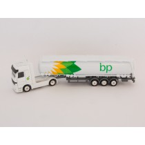 Welly H0 72133 MB Actros Tanklastwagen BP