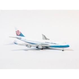 Schuco / Schabak 3551675 Boeing 747-400 China Airlines 1:600