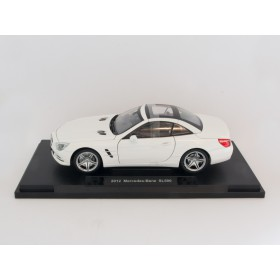 Welly 18046 1:18 Mercedes Benmz SL 500 white